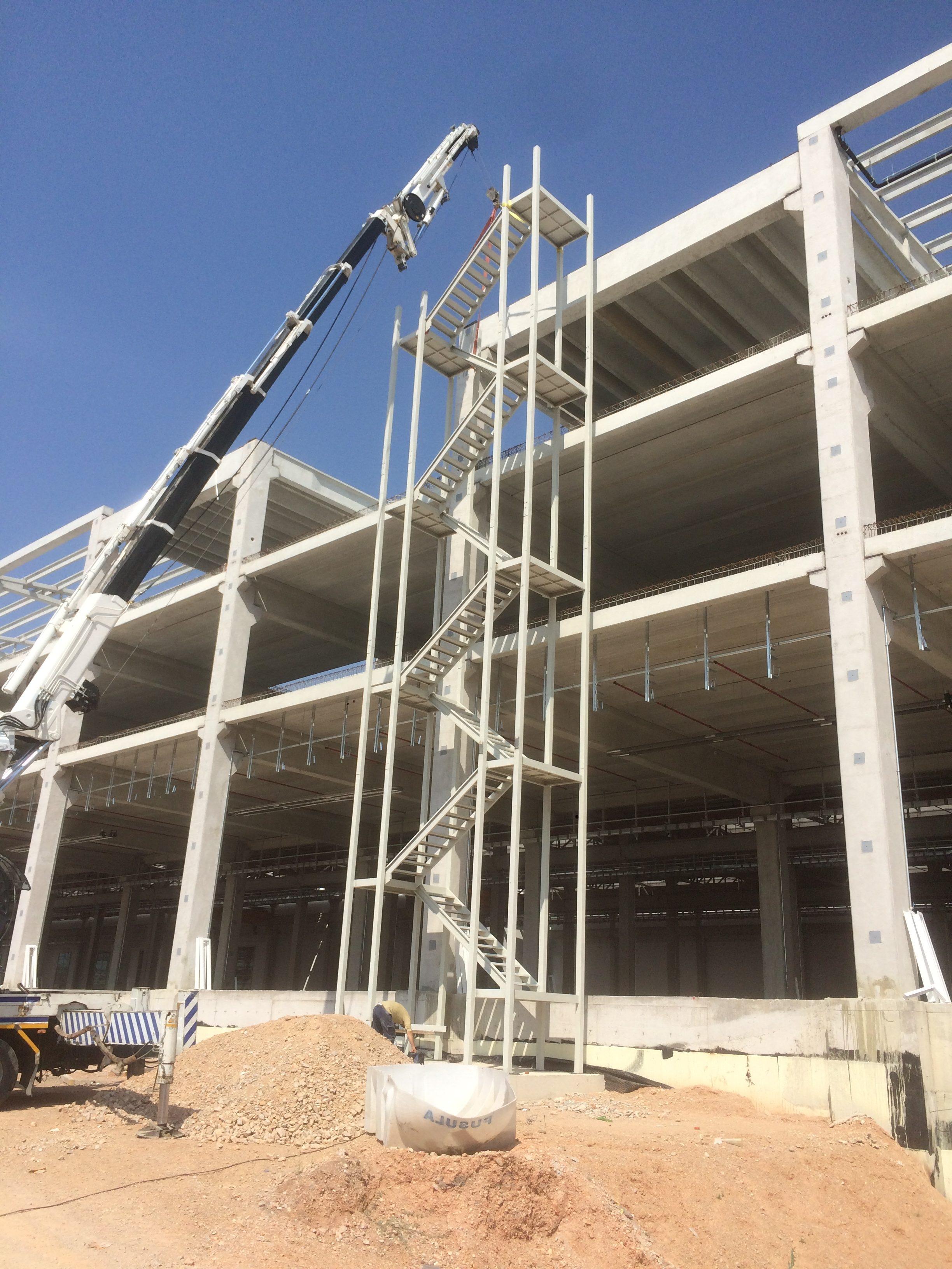 Bozankaya A.Ş. Çelik Konstrüksiyon Merdiven Yapımı